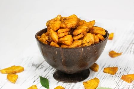 バナナチップ - ケララ州のスナック、選択と集中をカットします。