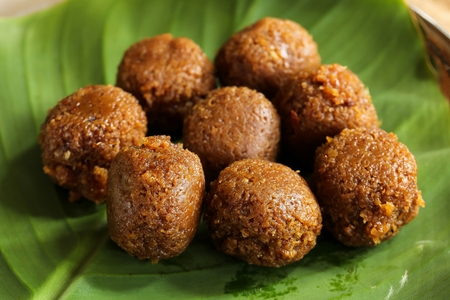Coconut Jaggery Laddu / South Indian Sweets, selective focus Banque d'images