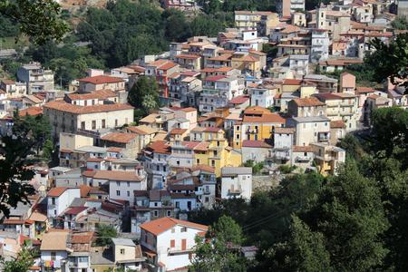 오래 된 집, 중세 작은 도시, 남쪽 이탈리아