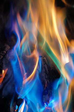 lángok: Absztrakt kék és narancssárga Flames
