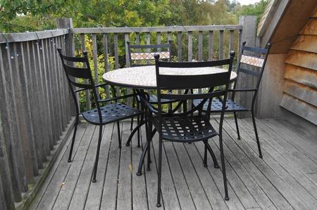 テーブルと椅子バルコニー