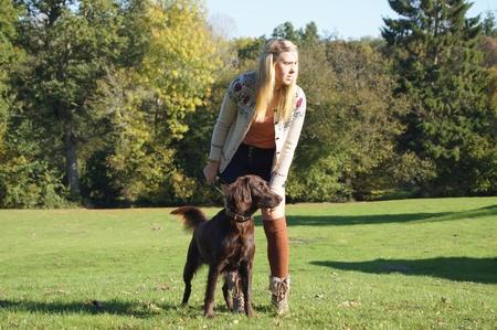 警告犬と少女
