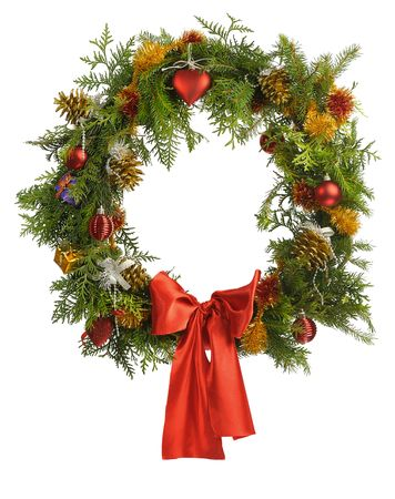 pine wreath: christmas wreatlh isolated on white