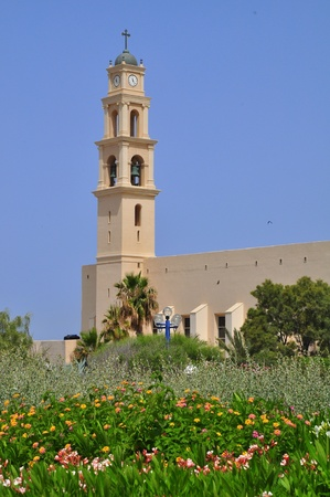 yaffo: Iglesia de la de torre de San Pedro en Yaffo de campanas.  Foto de archivo