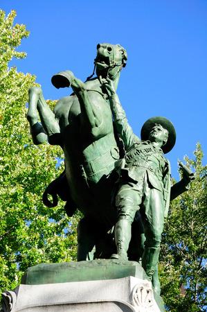boer: Boer monumento a los ca�dos en Montreal. Canad�. Editorial