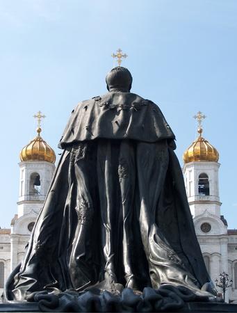 the liberator: Un monumento a Mosca, l'imperatore Alessandro II per il liberatore sulla Cattedrale del Redentore
