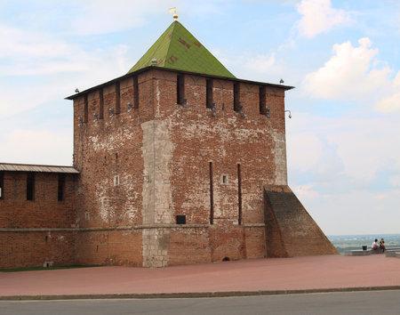 siervo: Georgiyevsky torre del Kremlin de Nizhny Novgorod, Rusia