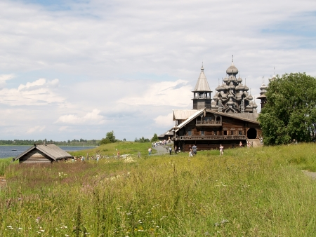 orthodoxy: Karelia, Kizhsky country churchyard
