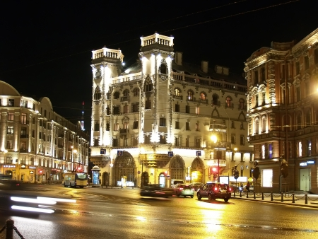 St  Petersburg  Lev Tolstoy Square at night
