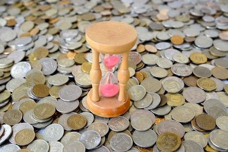 kopek: Hourglasses stand on the Russian metallic currency