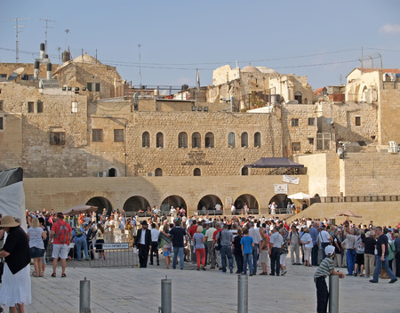 jewish home: JERUSALEM, ISRAEL - 09 OCTOBER, 2012: Crowds of pilgrims and tourists on the square in front of the Wailing Wall