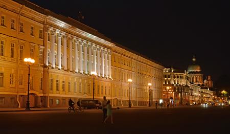st  petersburg: General Staff Building at night. St. Petersburg