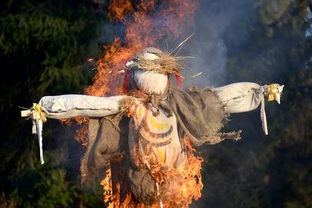 effigy: Burning of an effigy at the celebration of Maslenitsa Stock Photo