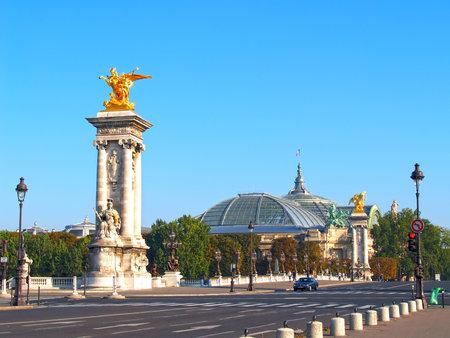 Paris. Alexander III Bridge and Bolshoy palace Редакционное