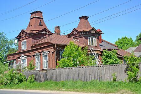 Wooden residential building with two mezzanines (1890s). Rybinsk, Yaroslavl region