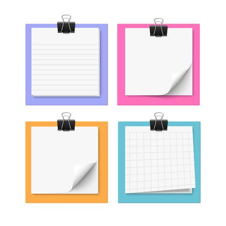 Conjunto de cuatro notas adhesivas con el clip de papel. Ilustración vectorial realista de post-it de papel. nota de papel en blanco. Ilustración de vector