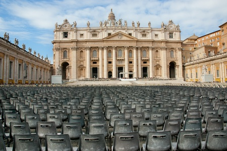 general: Vatican, St.Peters Square and Basilica Editorial