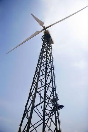 windturbine aan hemel achtergrond