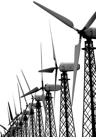 groep van wind turbines over Wit Stockfoto