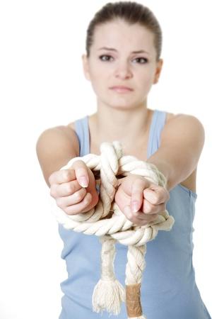 preso: mujer joven limitada sobre blanco