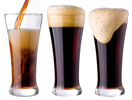 sapid: pouring of black beer