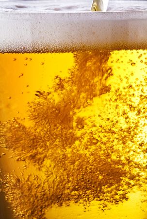 taphouse: Pouring of beer