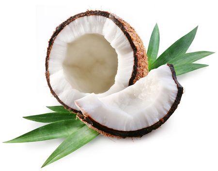 noix de coco: noix de coco sur un fond blanc