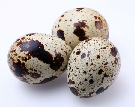 riboflavin: quail egg;; Objects on white background