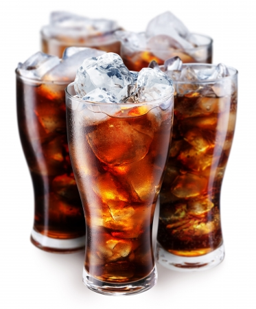 drinking soda: Glasses with cola and ice cubes