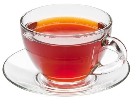 wei�er tee: Tasse Tee auf einem wei?en Hintergrund.