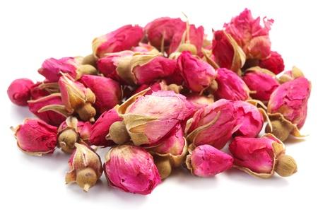 flores secas: Montón de rosas té aisladas sobre fondo blanco. Foto de archivo