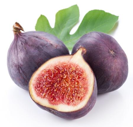 feuille de figuier: Fruits des figues sur fond blanc Banque d'images
