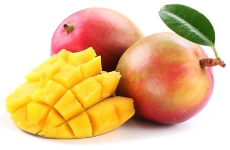 mango isolated: Mango with slices on a white background.