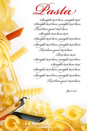 macaroni: Close-up shoot van verschillende soorten rauwe pasta.