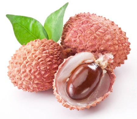lichi: Lychee with leaves on a white background
