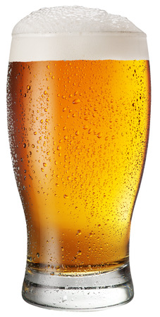 Glass of beer on white background. File contains clipping paths. Foto de archivo