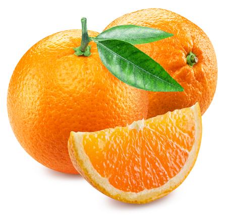 segmentar: Dos naranjas y segmento de la fruta.