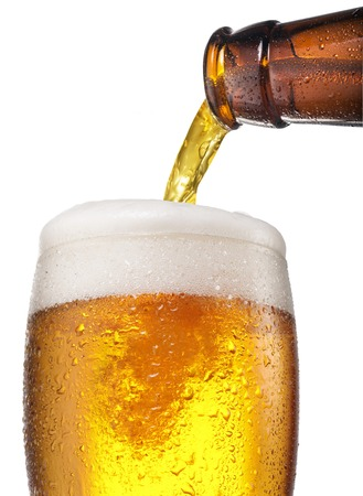drop out: The process of pouring beer into the glass.