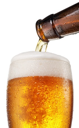 pouring beer: The process of pouring beer into the glass.