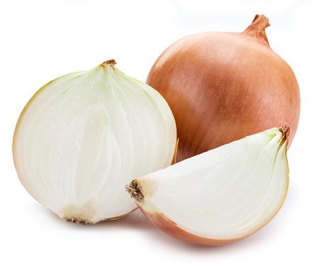 cebolla: La mitad de la cebolla aislado en un fondo blanco.