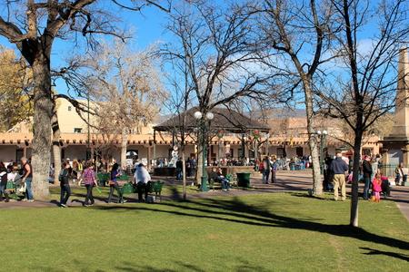fe: Christmas in Santa Fe, New Mexico
