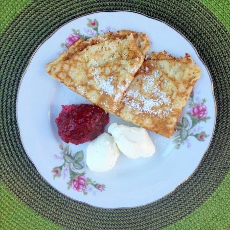 リコッタ チーズとジャムのパンケーキ
