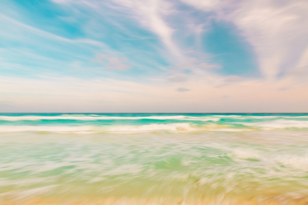 Abstract blur sky and ocean nature background with blurred panning motion 免版税图像
