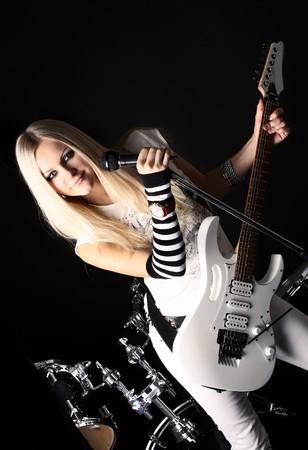 punk: s�rie de photographies dans le style rock-n-roll avec la belle blonde Banque d'images