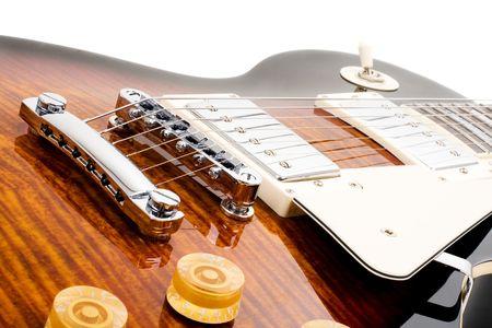 handle bars: Serie. Guitarra el�ctrica aislado sobre fondo blanco
