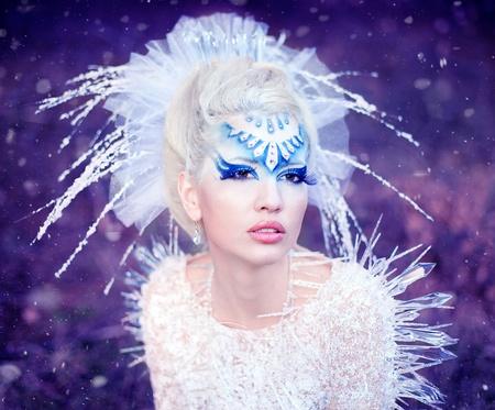 queen blue: Series. Beautiful blonde in a dress of Snow Queen