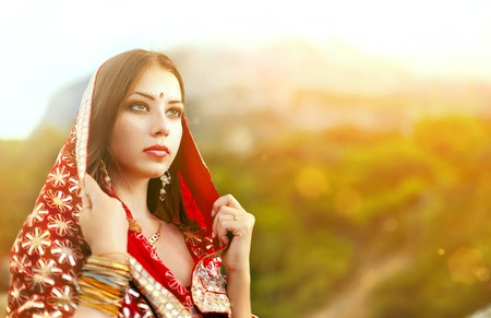 Series. young beautiful brunette in the indian national dress Stock Photo - 9153353