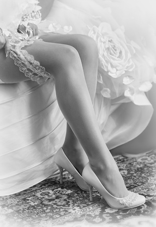 Series. Beautiful leg of the young bride Stock Photo - 11745794