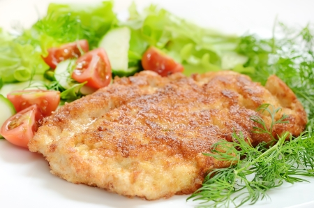 Chicken schnitzel with vegetables and herbs