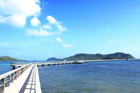 Road to blue sea Stock Photo - 9646182